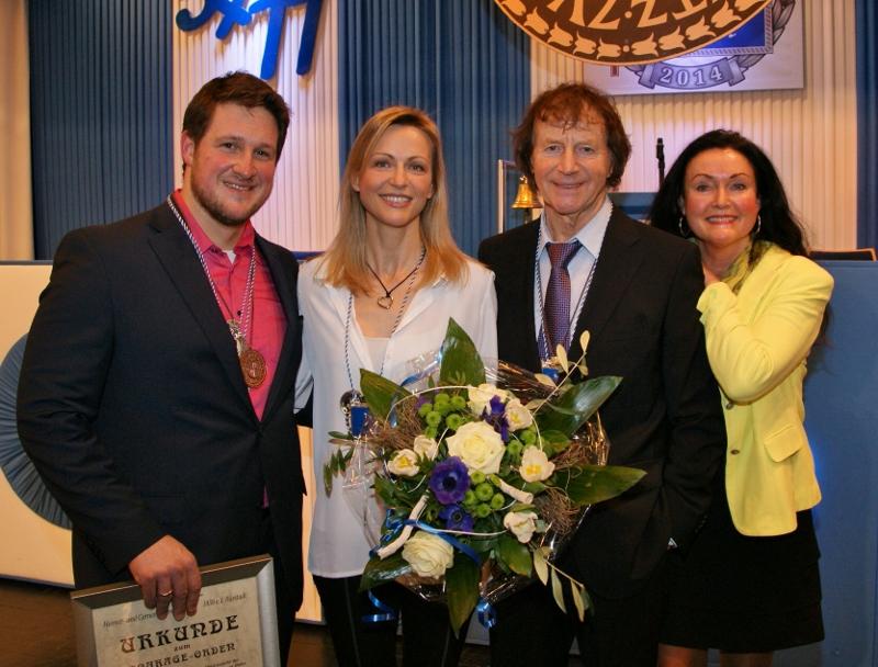 Laudator und Courage Ordenträger 2013 Franz Lambert mit Ehefrau © Gernot Becher