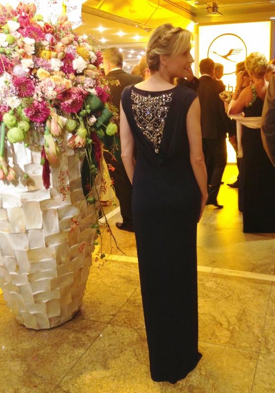 schönes Kleid von Vera Mont